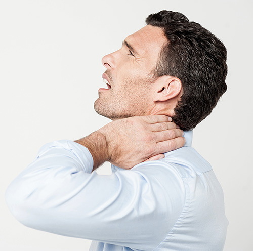 neck-pain-relief-at-mutley-Chiropractic-clinic